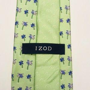 IZOD silk necktie w/ palm tree print